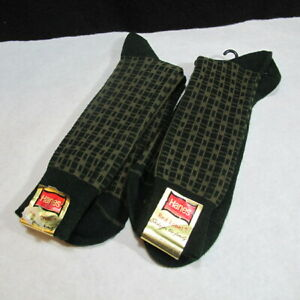 2 Pair of Vintage Hanes Red Label Socks of the Family Fits 10 - 13