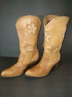 Mia Candida Cowbow Boots, women size 7M 7 tan floral
