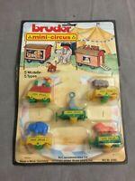 Vintage Bruder Mini-Circus / Zirkus-Zug Plastik-Modelle -Mint on Card W. Germany