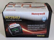Honeywell R7284U1004 Digital Electric Primary Oil Control New-Open Box