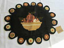 Sm Fruit yellowware bowl table runner doily candle mat primitive style AR-2223