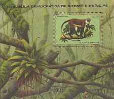Timbre Animaux Singes St Thomas et Prince BF21 ** lot 19909