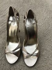 """GUESS """"Vincenza"""" Gold Leather Open Toe High Heel Pump Shoes Sz 7"""