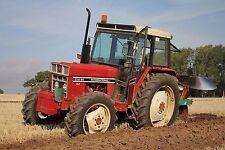 International Harvester 684-784-884 & Hydro TRATTORI SERIE 84 Manuale Officina