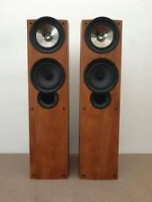 KEF iQ7 floorstanding speakers