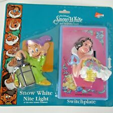 Nos Disney Snow White 7 Dwarfs Nite Light and Switchplate Happiness Express Club