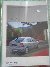 Vauxhall Astra range brochure 2001 Ed 1