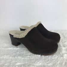 Crocs Clogs Brown Suede with Sherpa Lining Womens Size 7 Dual Comfort Heels