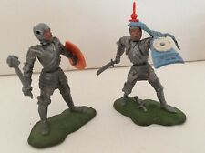 SW3)...Two Britain's Swoppet Foot Knights ..Good Condition... see photos