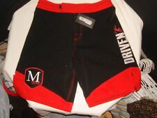 "NWT Mens Epic Gear MMA M DRIVE / DRIVEN BLACK/RED Fight Shorts Sz. 30 10"" INSEAM"