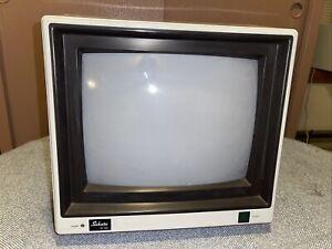 Vintage Sakata Model SC-100 Computer/Video Game Monitor ** Tested Works