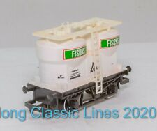 Hornby R011 OO Gauge, Twin Silo Wagon, 'Fisons' in white