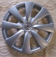 "Genuine Toyota Corolla Silver Hub cap 08 09  for 15"" wheel 61147 Chrome emblem"