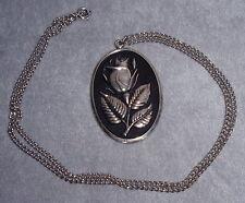 International 1972 Sterling Christmas Rose Oval Disc Pendant Ornament Medallion