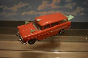 NOREV 1/43 simca marly ambulance ancienne en plastique années 70 rouge-verte