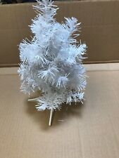 16 MINI WHITE CHRISTMAS TABLE TREES OFFICE RESELL CRAFT WHOLESALE XMAS 45 TIPS N