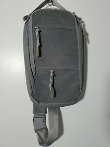 1 NWT JANSPORT MINI BACKPACK, STYLE: ASCENT AXLE, COLOR: GREY SHADOW (J142)