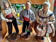3 SANTONS DE PROVENCE. Terre cuite par JP MARINACCI GREOUX - H 28 cm