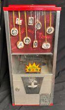 Vintage 50 Cent Quarters Capsule Big Oak Toy Vending Machine Toy Necklace Card