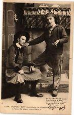 CPA Botrel et Jaffrenou dans la Chanson 'Fume ta pipe mon Gras' (231057)