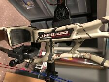Hoyt Carbon Defiant 34, DL 25-27 DW 50-60