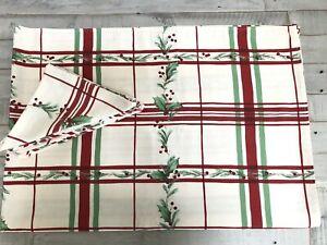 "Lenox Holiday Gatherings Plaid / Holly Rectangle 60.5 x 98""Tablecloth & 8Napkins"