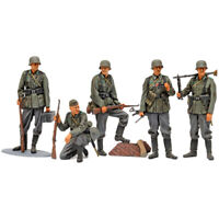 Tamiya 35371 1/35 German Infantry Set Mid WWII