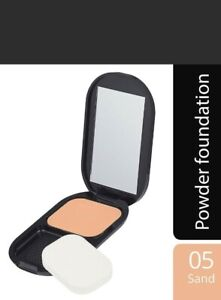 Max Factor Facefinity Compact Foundation Matte Powder SPF20 -05 Sand
