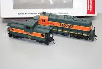 Walthers 931-707 Lokomotive mit Caboose Car BNSF Spur H0 OVP