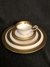 Wedgwood Ascot Bone China 5 Piece Place Setting England Gold Trim