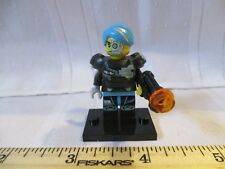 LEGO Blind Bag series 16 Minifigure minifig Halloween Cyborg blue hat gun toy