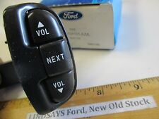 "FORD 1996/1998 MERCURY VILLAGER ""SWITCH"" STEERING WHEEL AUDIO NOS FREE SHIPPING"