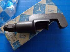 Mercedes Benz ball joint drag link puller W123 W124 W126 W201 W202 W140 OEM tool