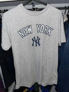 New York Yankees Majestic Grey T Shirt Medium