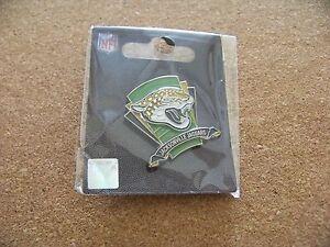 2013 Jacksonville Jaguars logo on field lapel pin NFL