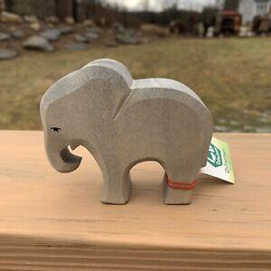 New ostheimer Small Elephant Eating wooden toys