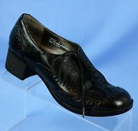 Madden Girl Capezzi Black Wingtip Brogue Oxfords Womens Size 8