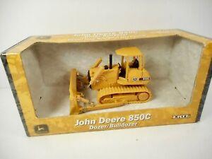 New  Ertl John Deere 850C Dozer / Bulldozer 1:50 Scale  Die-cast
