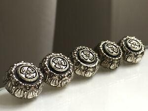 Lot de 5 boutons vintage - Métal argenté décor fleur 18 mm