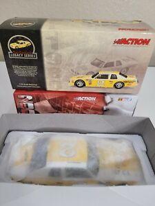 Action Historical Dale Earnhardt #2 Mello Yello 1980 Pontiac Ventura NASCAR 1/24