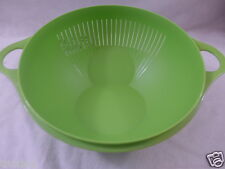 Tupperware Thatsa Bowl Colander Tilting 3 1/4 Quart 3.75 Liter Green New