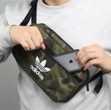 ADIDAS Originals Camo Crossbody Bag Unisex Ltd Edition Vacanza Calcio Casual