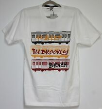 B8. Bench T-Shirt mit Motiv Größe S  Weiß  Neu mit Etikett