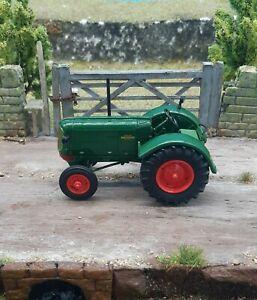 Vintage 1/43 Scale O Gauge 1947 Oliver Standard 70 Farm Tractor Display Model