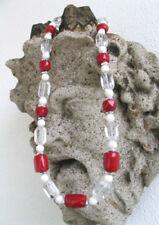 Handgefertigte runde Echtschmuck-Halsketten & -Anhänger mit Bergkristall