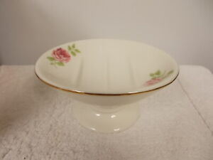 Martha Stewart Everyday Pink Roses White Porcelain Footed Oval Bar Soap Dish