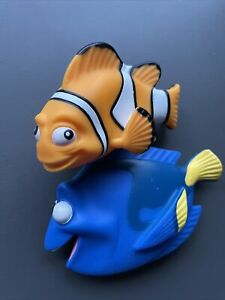 Disney Finding Dory bath toy set DORY AND MARLIN Disney Store Toys Plastic Fish