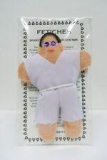 Muñeco VUDU, fetiche hombre de vestido blanco.