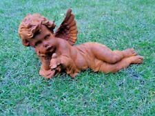 ANGE , statue en fonte rouillé d un ange coucher avec un oiseau   ...