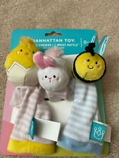 New Manhattan Toy Foot Finder Socks & Wrist Rattle-Plush Bee/Bunny/Chick Age 0+